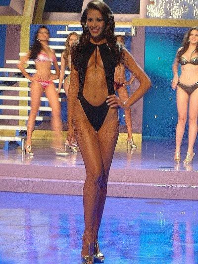 Dayana Mendoza Bikini