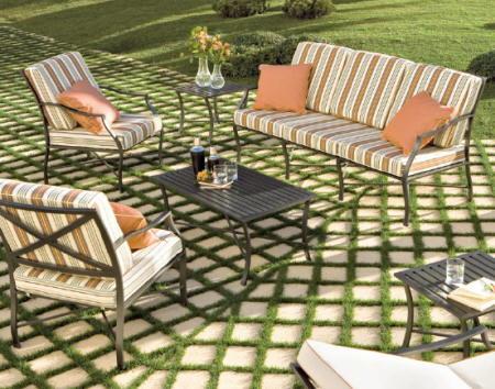 Ideas para el suelo de exterior de tu casa for Suelos patios rusticos