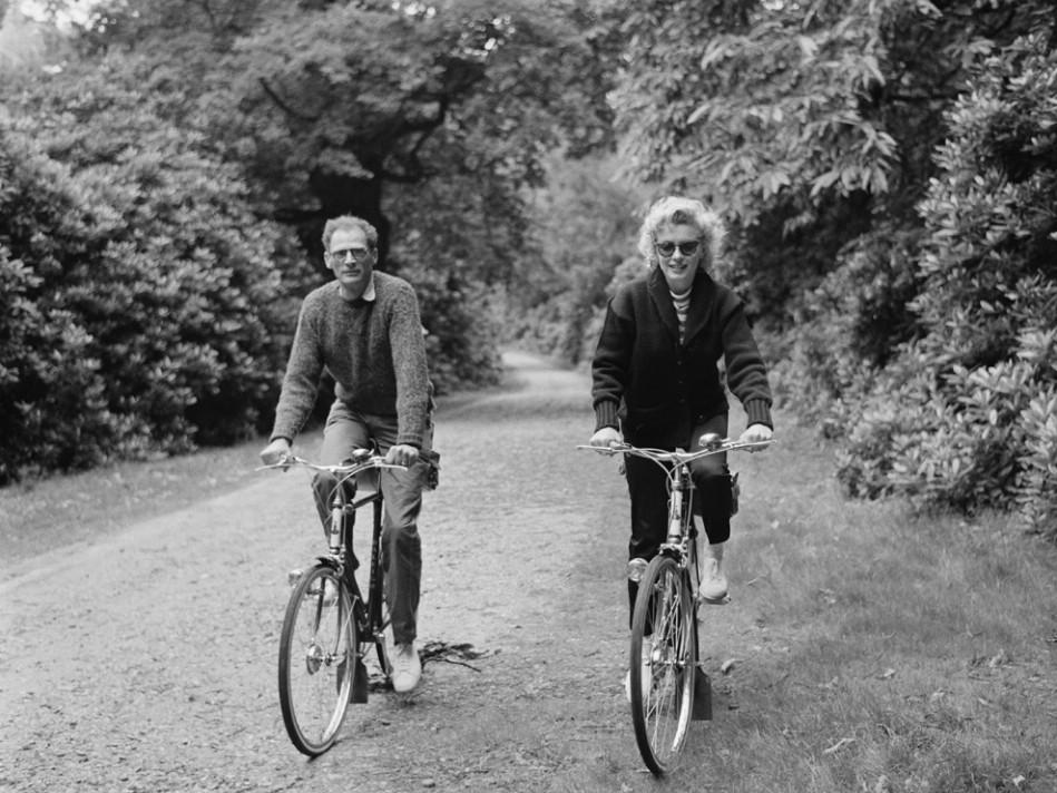 De calidad superior Hombres Mujeres RAPHA Ciclismo Gorras bicicleta desgaste Gorra diadema Casco de la bicicleta Desgaste Ciclismo Equipo Sombrero