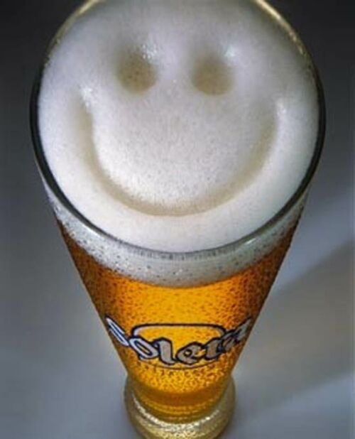 http://www.sitiosespana.com/notas/2006/agosto/cerveza.jpg