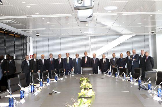 El Rey se reúne con empresarios para buscar salidas a la crisis¡