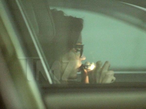 Ex estrella de Disney se droga en su coche - Fotos