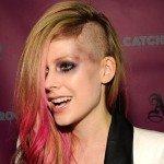 El insólito look de Avril Lavigne - Fotos¡