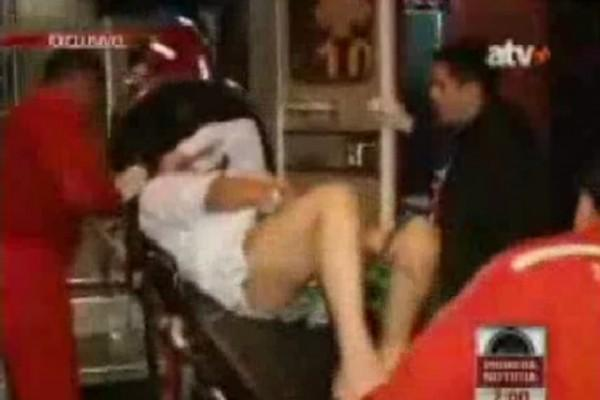 Insólito: Mujer le corta el pene al marido infiel y lo arroja por el inodoro¡