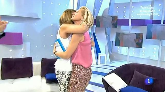Igartiburu y Mariló Montero reconciliadas en un abrazo - Fotos