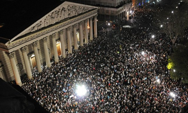 Argentina marcha contra el gobierno de Kirchner