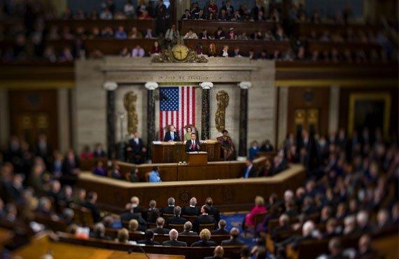 Obama triunfa en las elecciones pero se queda sin control del Congreso