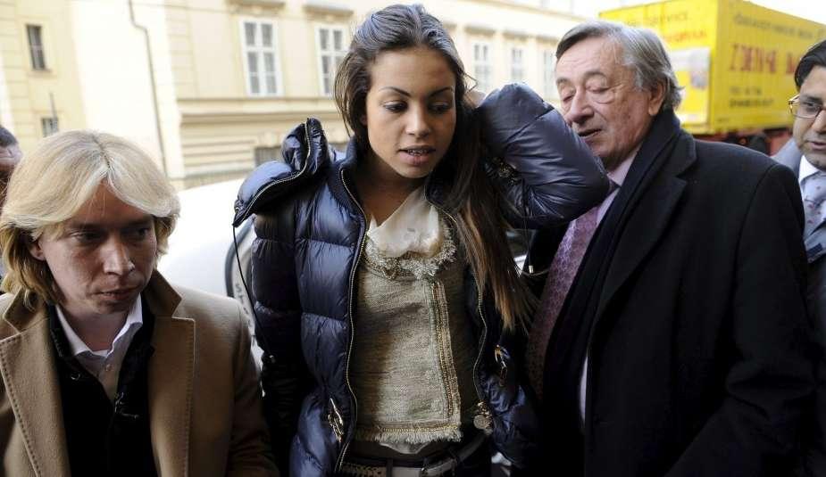 Ruby es testigo de la defensa de Silvio Berlusconi