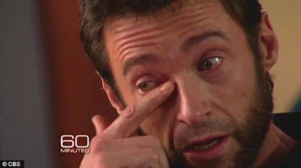 Hugh Jackman llora al contar cuando su madre lo abandonó¡