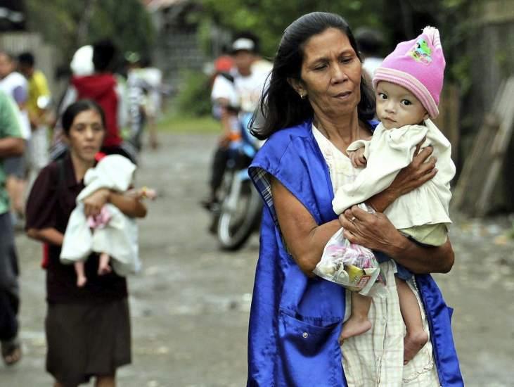 Tifón deja más de 200 muertos en Filipinas