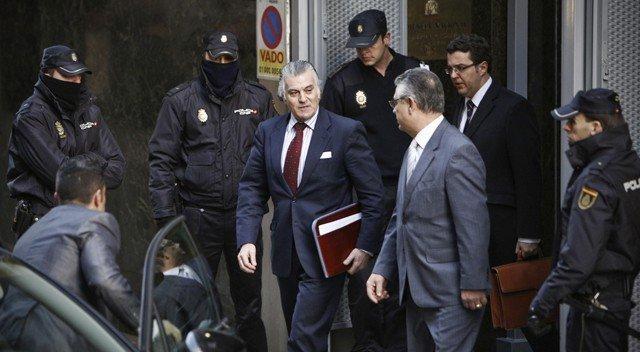 Bárcenas reconoce que acumuló hasta 38 millones de euros en Suiza