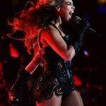"""El representante de la ex Destiny Child quiso hacer desaparecer las fotos a raíz de que un conocido portal web las publicara en un reportaje, el pasado lunes. El título de dicho artículo era """"The 33 Fiercest Moments From Beyoncé's Halftime Show"""", algo así como 'Los 33 momentos más feroces de Beyoncé en la Super Bowl'. Y la verdad es que en las imágenes, la diva tiene pinta de leoncilla, ¿sí o no?"""