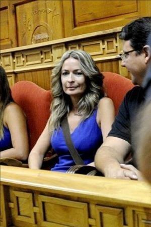 Olvido Hormigos, protagonista del vídeo erótico, nadará en la piscina de Telecinco¡