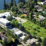 Bill Gates.Exteriores con vista al lago Washington