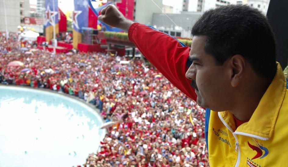 Maduro presenta su candidatura presidencial en Venezuela