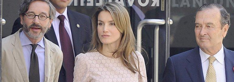 Gritos contra la princesa Letizia de Asturia en la X edición de los premios Buero