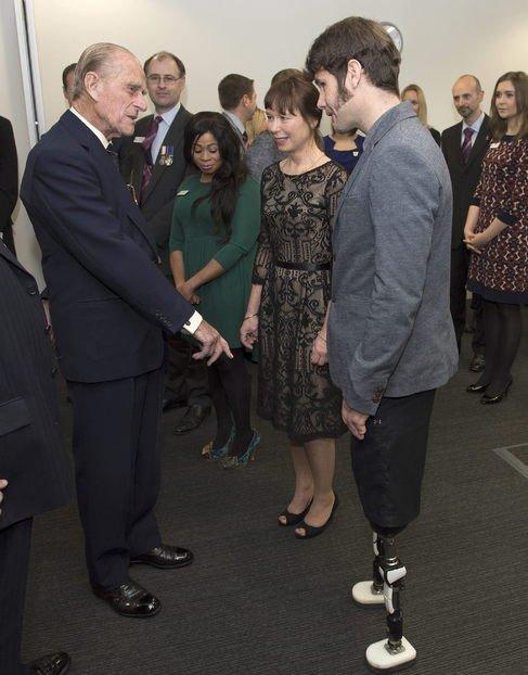 Felipe de Edimburgo y el 'humor' hacia un mutilado