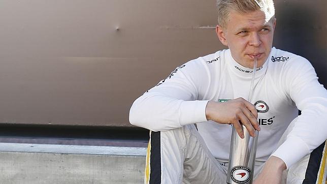 Kevin Magnussen: El nuevo piloto oficial del equipo McLaren-Mercedes de Fórmula 1¡