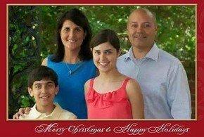 Insólito: Gobernadora de Carolina del Sur comparte en Facebook su regalo de Navidad: 'Una pistola'