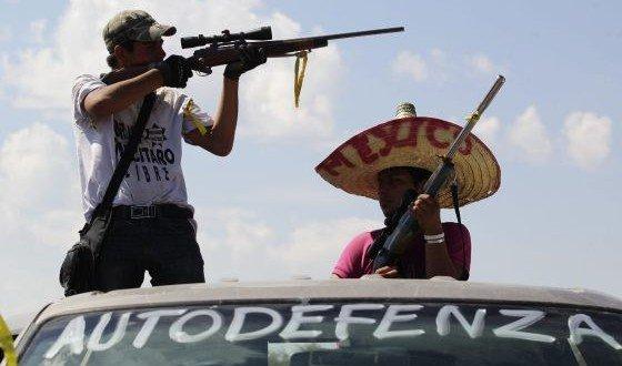 EE UU aconseja a sus ciudadanos no viajar a México