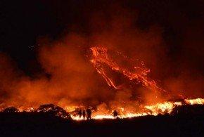 Guatemala en alerta naranja por una erupción volcánica