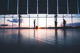 Reclamar vuelos retrasados: derechos y compensaciones