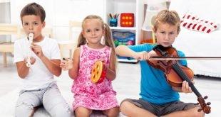 Instrumento musical para un niño: ¿a qué edad empezar y qué instrumento elegir?